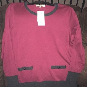 Women's sweater NWT
